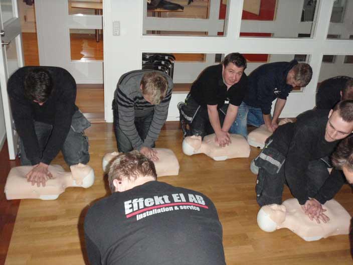 Utbildning i Hjärt-Lung Räddning.