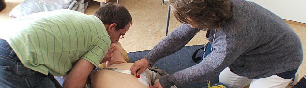 Första Hjälpen Utbildning | Hjärtstartare Utbildning